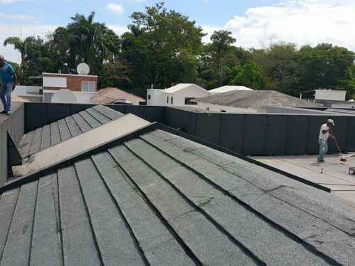 Impermeabilizante de techo con tela asfáltica
